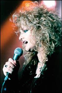 Bonnie Tyler (ampliar foto...)