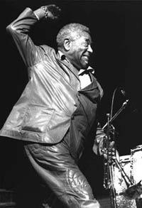 Dizzy Gillespie (ampliar foto...)