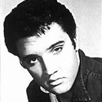 Elvis Presley (ampliar foto...)