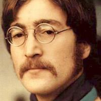 John Lennon (ampliar foto...)