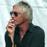 Paul Weller (ampliar foto...)