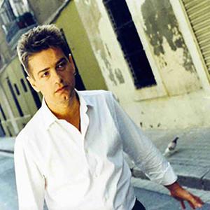 Santiago Auserón (ampliar foto...)