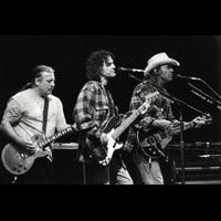 Neil Young & Crazy Horse (ampliar foto...)